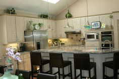 Ideas for Tops of Cabinets | Decorating ideas for kitchen cabinet tops5