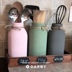 How to repurpose mason jars to fit your farmhouse kitchen and organize your kitchen tools #darbysmart #diy #diyprojects #diyideas #diycrafts #easydiy #artsandcrafts #organization #repurposing