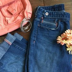 """Ralph Lauren Denim Capris Like new Ralph Lauren Jean capris.  These can be worn as a crop or cuffed.  They have cute coral Color stitching on from pocket and cuffs (as shown in pic) Bootcut fit style so these aren't skinny jeans. Measurements: 24.5"""" inseam (not cuffed) 14."""" Waist side to side.  100% Cotton. Perfect condition 🙂 Ralph Lauren Jeans Ankle & Cropped"""