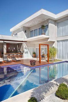 Buscá imágenes de diseños de Piletas estilo moderno de ANGELA MEZA ARQUITETURA & INTERIORES. Encontrá las mejores fotos para inspirarte y creá tu hogar perfecto.