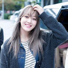 (ε ) . . . (jihyo) #twice #kpop #kpopgirl #kpopgirlgroup #korean #koreangirls #once #jihyo #jisoo #nayeon #jeongyeon #momo #sana #mina #dahyun #chaeyoung #tsuyu