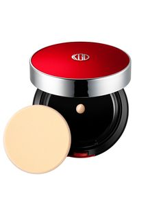 Designed to give skin the same youthful glow you experience right after a facial, the new Aqua Foundation compact instantly illuminates dull skin. How To Apply Foundation, Mineral Foundation, Makeup Foundation, Koh Gen Do, Aluminium Hydroxide, Minimize Pores, Dewy Skin, Jojoba Oil, Shea Butter