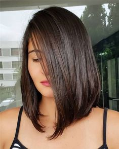 Fantastic Medium Length Haircuts for Women in 2019 Latest trends of medium or shoulder length haircuts for women and girls to wear in Fantastic looking medium hairstyles are amazing way for girls to try nowadays. Medium Hair Cuts, Short Hair Cuts, Medium Hair Styles, Short Hair Styles, Long Bob Cuts, Long Bob Haircuts, Straight Hairstyles, Cute Haircuts, Cabelo Log Bob