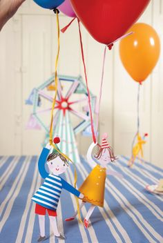 Toot Sweet balloon holders and balloons - party ideas