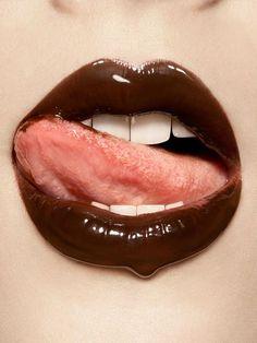 Taste like chocolate! Sexy Photography, Winter Photography, Bumblebee Makeup, Lip Sync, Glossy Lips, Red Lips, Beautiful Lips, Lip Service, Lip Care