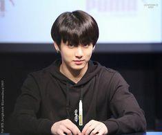 180408 푸마 팬사인회 Puma Fansign preview  #BTS #방탄소년단 #알엠 #김남준 #남준  FANSINGBTS ♥ #Jungkook #JeonJungkook ♥