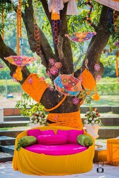 Get the best DIY Mehndi Decor ideas our favourite DIY décor inspiration Mehndi Decor, Mehendi Decor Ideas, Desi Wedding Decor, Wedding Stage Decorations, Wedding Mandap, Wedding Blog, Wedding Photos, Wedding Website, Wedding Couples