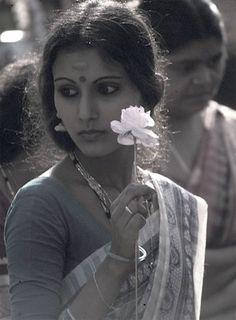 Google Image Result for http://www.art-photograph-gallery.com/image-files/flowergirl.jpg