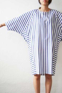 MONO-GRAMM Back Drape Stripe Dress