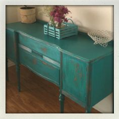 Painted furniture. Turquoise. Antique. Buffet.