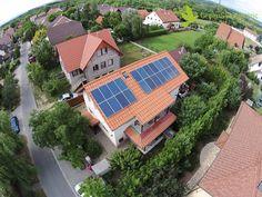 Napelem rendszer, 5500W - Drón légi felvétel http://www.gsenapelem.hu/media Ossza meg, segítse a napelemek terjedését. Köszönjük.