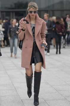 sofie-valkiers-street-style-otk-boots-coat