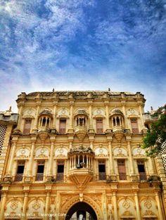S Swaminarayan Hindu Mandir - Sarangpur Gate, Gujarat, India. The Mandir is dedicated to Lord Swaminarayan, founder of Swaminarayan Hinduism, the main sect in Hinduism. Hindu Mandir, Before I Die, Beautiful Architecture, Hinduism, Incredible India, Gate, Tourism, Asia, Spirituality
