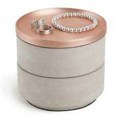 Tesora box - Lækker box i beton og kobber til opbevaring af fx smykker eller andre småting.  Kan deles til 2 boxe og et låg.