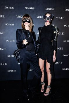 I nearly hyperventilated when I saw the photos from Vogue Paris Anniversary eyes wide-shut themed party. I think Vogue Paris Editor-. Pageant Dresses, 15 Dresses, Quince Dresses, Quinceanera Dresses, Formal Dresses, Masquerade Party Outfit, Masquerade Masks, Maskerade Outfit, Freja Beha Erichsen