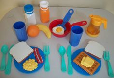 Vintage Fisher Price Fun With Food All In One Breakfast Set
