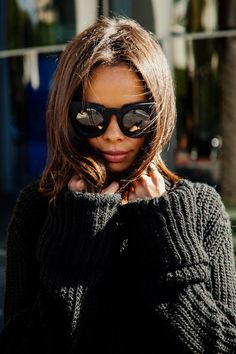 cat eyes, knit sweaters, sunglass, long hair, sweater weather, black sweater, fashion art, chunki sweater, cold weather