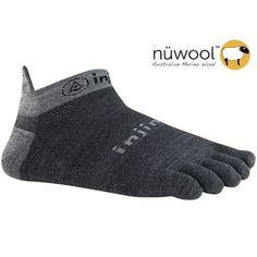 586b60741f5 Injinji Performance 2.0 Run Lightweight No Show Nuwool Toe Socks Charcoal  Large