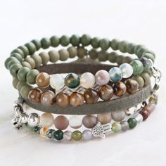 Create pretty bracelets with our new collection natural stone beads by combining our other natural material products from Beads Wholesale Online. Metal Beads, Wooden Beads, Stone Beads, Diy Jewelry Inspiration, Wholesale Beads, Natural Looks, Jewelry Trends, Jewelry Findings, Natural Stones