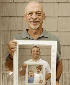 idée de photo trois générations, papy, papa et grands fils, mise en abyme, idée cadeau grand père original