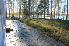 Oriveden Tumma Pihakivi Terrace Ideas, Garden Ideas, Summer Cabins, Stone Landscaping, Stone Exterior, Garden Cottage, Pavement, Log Homes, Outdoor Gardens