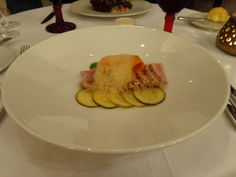 "Quick seared ""escabeche"" tuna, assorted vegetables, green herbs sauce @ Restaurant 1621"