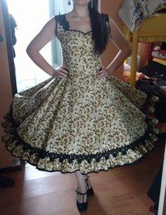 Vintage Outfits, Vintage Dresses, Dance Outfits, Dance Dresses, Modest Dresses, Formal Dresses, Clogs Outfit, Estilo Lolita, Frocks
