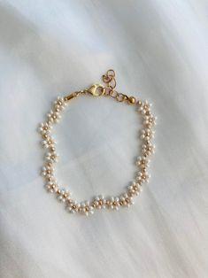 Jewelry For Her, Cute Jewelry, Jewelry Crafts, Jewelry Accessories, Jewelry Making, Bead Jewellery, Beaded Jewelry, Beaded Bracelets, Beaded Necklace