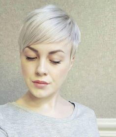 coupe courte femme 2018 cheveux courts colorés blond cendré pixie cut frange côté #hairstyle