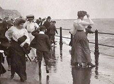 Old Photo Archive - Hastings UK Photo Archive at Hastings & St Leonards Guide Hastings Old Town, Hastings East Sussex, Hastings Seafront, Uk Photos, English Countryside, Photo Archive, Old Pictures, Vintage Photos, Seaside