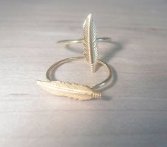 Feather Knuckle Ring-Layering Above the Knuckle Ring Gold Brass Stackable Midi Ring