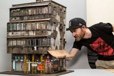 In this series at great inspire you are going to see Miniature Displays of Contemporary Urban Buildings by Joshua Smith. Joshua smith is a miniaturist and former stencil artist based in South Australia. He constructs tiny, intricate worlds for a living. Joshua Smith, Colossal Art, Urban Architecture, Urban City, Magnifying Glass, Australian Artists, Creative People, Urban Landscape, Landscape Art