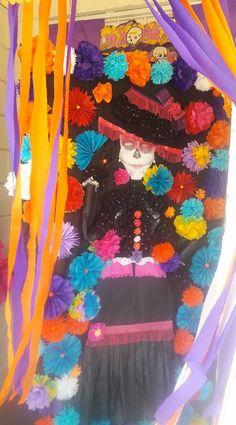 Puerta decorada tricolor fiestas patrias independencia for Decoracion de puertas de dia de muertos