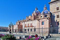 Muy buenos días, este fin de semana visiten #Morelia, es un hermoso lugar, ideal para pasarla con la familia y pasear en centro histórico, realmente una belleza!