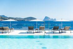 7Pines Kempinski Ibiza - White Ibiza Ibiza Beach Club, Beneath The Surface, Mediterranean Sea, Time Out, Holiday Destinations, Beautiful Beaches, Beautiful Landscapes, Night Life, Swimming Pools