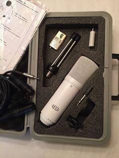 688667c8c17 New MXL DRK MAC White Desktop Recording Microphone Kit  MXL