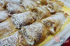 Ve srovnání s tradičními tvarohovými palačinkami jsou mnohem jemnější a chutnější. Jsou sice časově náročnější, ale ta chuť je opravdu božská! Když jsem zkoušela poprvé tento recept, použila jsem jemný tvaroh, nedrželo mi to tvar, ale na podruhé jsem použila tvaroh v kostce a to již tedy byla pochoutka. I vzhledem, i chuťově :) Autor: Jaja Graham Crackers, Cheesesteak, Sweet Recipes, Crockpot, Sweet Tooth, French Toast, Cheesecake, Food Porn, Brunch