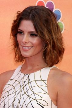 5 Best Haircuts for Naturally Thin Hair: Long Bob with Layers