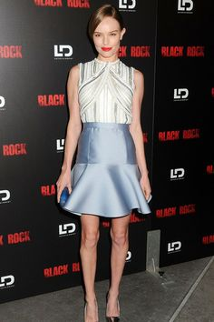 May 8 2013 Kate Bosworth was dressed in top-to-toe Miu Miu for the premiere of Black Rock in LA – a ice blue satin skirt, a white embroidered top and silver metallic heels. Christian Dior, Kate Bosworth Style, Zara, Celebrity Style Inspiration, Fit And Flare Skirt, Trumpet Skirt, Red Carpet Fashion, Business Fashion, Her Style
