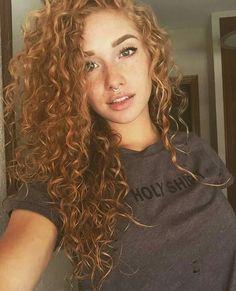11 so perfekte lockige Frisuren für lange Haare Ideen afro bangs hair hair styles mujer peinados perm style curly curly Natural Hair Styles, Short Hair Styles, Natural Beauty, Curly Hair Styles For Long Hair, Style Curly Hair, Hair Style Girl, Color For Curly Hair, Hair Styles With Curls, Curly Girl