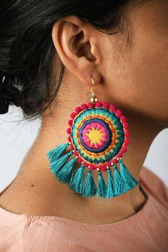 earrings earring multicolored - -jewelry earrings earring multicolored - - Check out our online site for a little more on the subject of this wonderful photo Mandala earring turquoise tassel multicolour Boho jewelry Diy Jewelry Unique, Boho Jewelry, Custom Jewelry, Jewelry Crafts, Handmade Jewelry, Mandala Jewelry, Jewellery, Dread Jewelry, Prom Jewelry