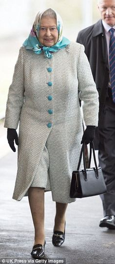 Looking forward to Christmas: The Queen appeared to be looking forward to her break Dec 2014 at King's Cross Station Hm The Queen, Save The Queen, King Queen, Royal Monarchy, British Monarchy, Prince Phillip, Windsor Castle, Mother Goose, Queen Elizabeth