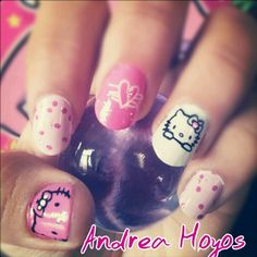 Hello kitty nail art. By Andrea Hoyos. Www.instagram.com/andreahoyosl