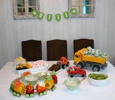 Meidän pieni päivänsäde, Vili Eemeli täytti 1 vuotta!   Sen kunniaksi meillä oli talo täynnä ihania ihmisiä viime viikonloppuna.