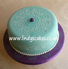 Victorian Lace stencilled birthday cake
