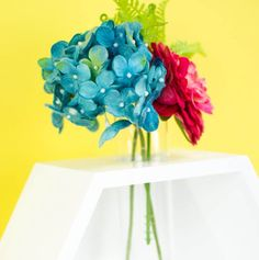 Birthday Gifts for Teenagers    So today I am channeling that love and am going to share with you how I made this awesome DIY hexagon vase.