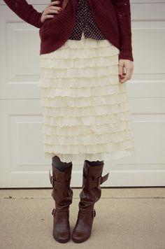 SUCH A CUTE SKIRT!!!  Bramblewood Fashion - A modest fashion blog