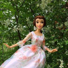 Disney Princess Dolls, Princess Belle, Disney Dolls, Disney Princesses, Princesas Disney, Beauty And The Beast, Disney Characters, Collection, Instagram