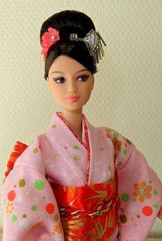Happy New Year Oshogatsu Japan Barbie Doll 2008
