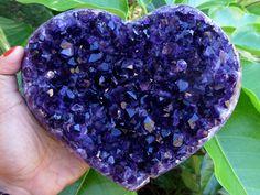 ONE K ILO URUGUAY AMETHYST HEART DISPLAY MS1934 amethyst heart , amethyst mineral specimen